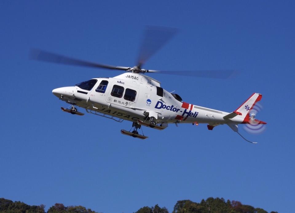 ラムさんの静岡エアコミュータ Leonardo AW109 (JA15AC) 航空フォト