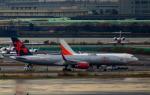KAZKAZさんが、羽田空港で撮影したジェットマジック 757-23Aの航空フォト(写真)