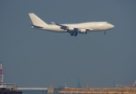 KAZKAZさんが、香港国際空港で撮影したウエスタン・グローバル・エアラインズ 747-446(BCF)の航空フォト(写真)