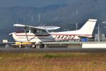 Tango-4さんが、高知空港で撮影した日本個人所有 172P Skyhawkの航空フォト(写真)