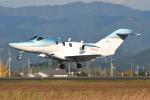 Tango-4さんが、高知空港で撮影した日本法人所有 HA-420の航空フォト(写真)