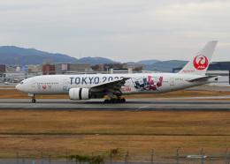 PGM200さんが、伊丹空港で撮影した日本航空 777-246の航空フォト(飛行機 写真・画像)