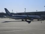 ヒロリンさんが、成田国際空港で撮影した全日空 767-381/ERの航空フォト(写真)