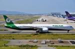 鉄バスさんが、関西国際空港で撮影したエバー航空 787-10の航空フォト(写真)