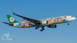 うみBOSEさんが、新千歳空港で撮影したエバー航空 A330-302Xの航空フォト(写真)