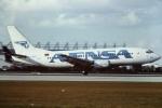 tassさんが、マイアミ国際空港で撮影したアヴェンサ 737-3Y0の航空フォト(飛行機 写真・画像)