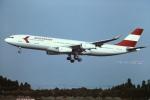 tassさんが、成田国際空港で撮影したオーストリア航空 A340-212の航空フォト(飛行機 写真・画像)