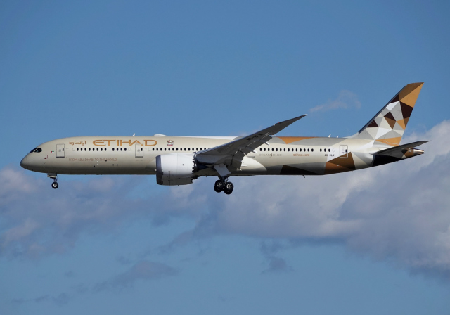 航空フォト:A6-BLX エティハド航空
