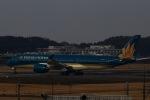akinarin1989さんが、成田国際空港で撮影したベトナム航空 A350-941XWBの航空フォト(写真)