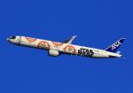 LOTUSさんが、伊丹空港で撮影した全日空 777-381/ERの航空フォト(飛行機 写真・画像)