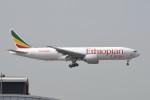 kuro2059さんが、香港国際空港で撮影したエチオピア航空 777-F60の航空フォト(飛行機 写真・画像)
