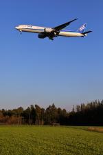 トリトンブルーSHIROさんが、成田国際空港で撮影した全日空 777-381/ERの航空フォト(写真)
