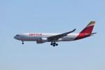 KAZFLYERさんが、成田国際空港で撮影したイベリア航空 A330-202の航空フォト(飛行機 写真・画像)