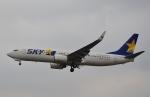 鉄バスさんが、福岡空港で撮影したスカイマーク 737-8FZの航空フォト(飛行機 写真・画像)