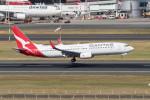 Koenig117さんが、シドニー国際空港で撮影したカンタス航空 737-838の航空フォト(飛行機 写真・画像)