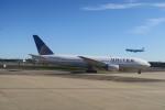 職業旅人さんが、成田国際空港で撮影したユナイテッド航空 777-222の航空フォト(飛行機 写真・画像)