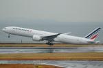 AkilaYさんが、羽田空港で撮影したエールフランス航空 777-328/ERの航空フォト(飛行機 写真・画像)