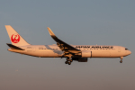 RUNWAY23.TADAさんが、成田国際空港で撮影した日本航空 767-346/ERの航空フォト(飛行機 写真・画像)