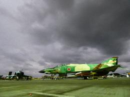 yutopさんが、那覇空港で撮影した航空自衛隊 RF-4E Phantom IIの航空フォト(飛行機 写真・画像)