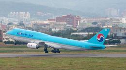 2wmさんが、台湾桃園国際空港で撮影した大韓航空 747-8B5の航空フォト(飛行機 写真・画像)