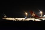 るかぬすさんが、小松空港で撮影した全日空 777-281の航空フォト(飛行機 写真・画像)