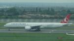 AE31Xさんが、ロンドン・ヒースロー空港で撮影したターキッシュ・エアラインズ 777-3F2/ERの航空フォト(飛行機 写真・画像)