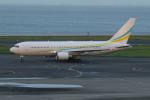 ショウさんが、羽田空港で撮影したコムルックス・アルバ 767-2DX/ERの航空フォト(飛行機 写真・画像)