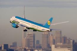 パピヨンさんが、羽田空港で撮影したウズベキスタン航空 787-8 Dreamlinerの航空フォト(飛行機 写真・画像)