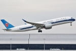 Wings Flapさんが、関西国際空港で撮影した中国南方航空 A350-941の航空フォト(飛行機 写真・画像)