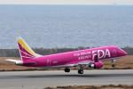 T.Sazenさんが、神戸空港で撮影したフジドリームエアラインズ ERJ-170-200 (ERJ-175STD)の航空フォト(飛行機 写真・画像)