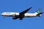 まえちんさんが、成田国際空港で撮影したパキスタン国際航空 777-240/ERの航空フォト(飛行機 写真・画像)