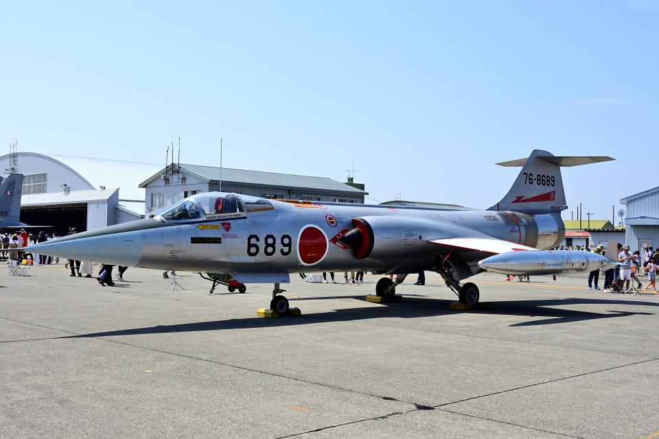 YouKeyさんの航空自衛隊 Mitsubishi F-104 (76-8689) 航空フォト