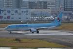 LEGACY-747さんが、福岡空港で撮影した大韓航空 737-9B5/ER の航空フォト(飛行機 写真・画像)