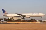 sky-spotterさんが、成田国際空港で撮影したユナイテッド航空 777-322/ERの航空フォト(飛行機 写真・画像)