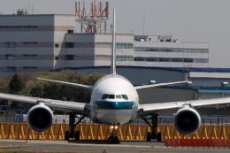 Hiro-hiroさんが、成田国際空港で撮影したキャセイパシフィック航空 777-367の航空フォト(飛行機 写真・画像)