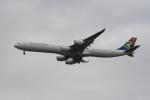 地主さんが、成田国際空港で撮影した南アフリカ航空 A340-642の航空フォト(飛行機 写真・画像)