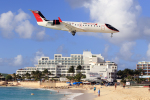 TRAVAIRさんが、プリンセス・ジュリアナ国際空港で撮影したエア・センチュリー CL-600-2B19 Regional Jet CRJ-200ERの航空フォト(飛行機 写真・画像)