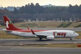 kikiさんが、成田国際空港で撮影したティーウェイ航空 737-8KNの航空フォト(飛行機 写真・画像)