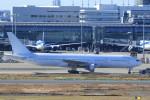Espace77さんが、羽田空港で撮影した日本航空 777-246の航空フォト(飛行機 写真・画像)