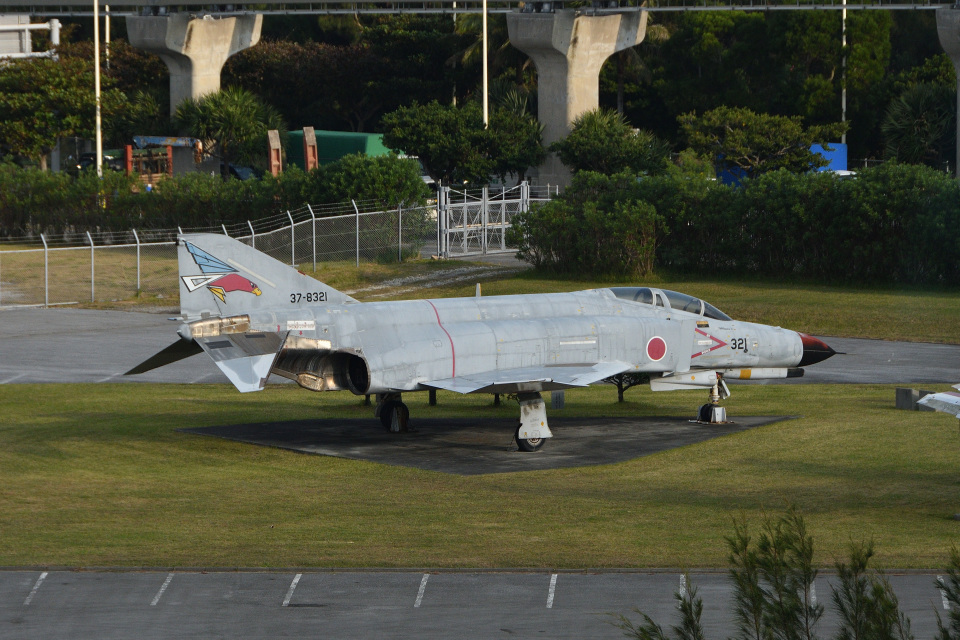 Cスマイルさんの航空自衛隊 Mitsubishi F-4EJ Kai Phantom II (37-8321) 航空フォト