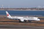 KAZFLYERさんが、羽田空港で撮影した日本航空 A350-941XWBの航空フォト(飛行機 写真・画像)