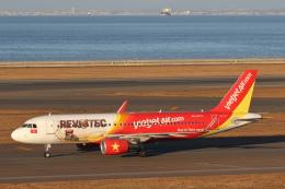 航空フォト:VN-A672 ベトジェットエア A320