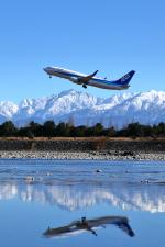 かずかずさんが、富山空港で撮影した全日空 737-881の航空フォト(飛行機 写真・画像)