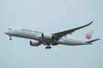 FRTさんが、福岡空港で撮影した日本航空 A350-941XWBの航空フォト(飛行機 写真・画像)