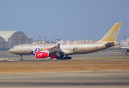 KAZKAZさんが、キング・アブドゥルアジズ国際空港で撮影したガルフ・エア A330-243の航空フォト(飛行機 写真・画像)