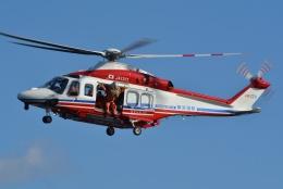ブルーさんさんが、横浜赤レンガパークで撮影した横浜市消防航空隊 AW139の航空フォト(飛行機 写真・画像)