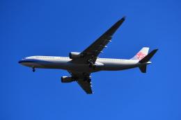 beimax55さんが、成田国際空港で撮影したチャイナエアライン A330-302の航空フォト(飛行機 写真・画像)