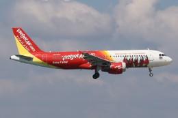 U.Tamadaさんが、プーケット国際空港で撮影したタイ・ベトジェットエア A320-214の航空フォト(飛行機 写真・画像)