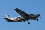 mogusaenさんが、調布飛行場で撮影した朝日航空 208B Grand Caravanの航空フォト(飛行機 写真・画像)