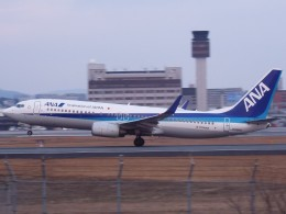 otromarkさんが、伊丹空港で撮影した全日空 737-881の航空フォト(飛行機 写真・画像)